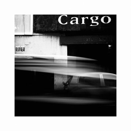 http://neuroptyk.com/files/gimgs/20_01-photographie-arles-cargo-nuit-arnaud-thomas.jpg