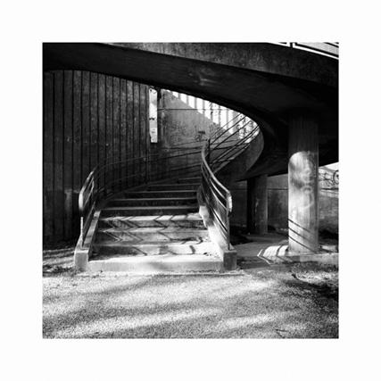 http://neuroptyk.com/files/gimgs/20_03-photographie-arles-pont-sous-autouroute-arnaud-thomas.jpg
