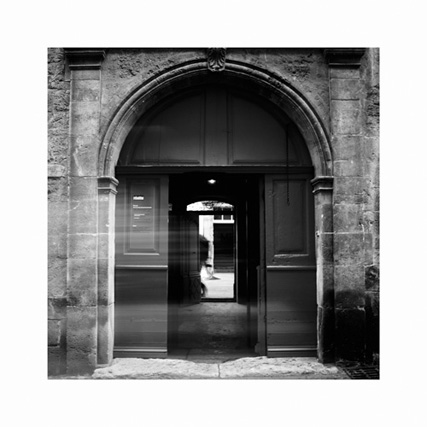 http://neuroptyk.com/files/gimgs/20_15-photographie-arles-musee-reattu-arnaud-thomas.jpg
